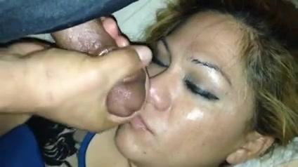 Спящей По Губам Порно